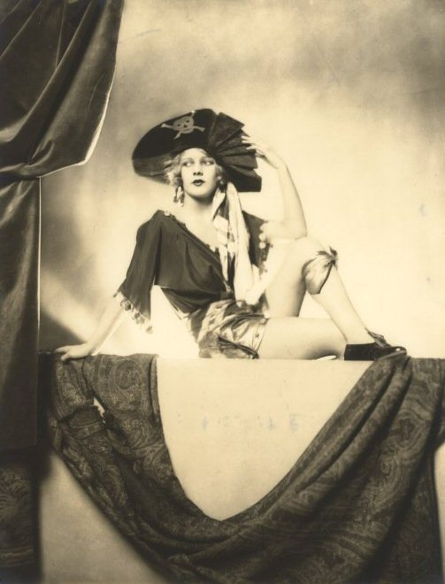 Lotte Lenya as Pirate Jenny
